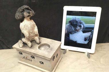 Urnen für Hund und Katze